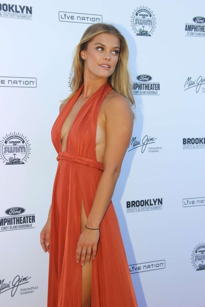 Nina-Agdal-Ditches-Underwear-and-Bra-for-Swim-Concert (5)