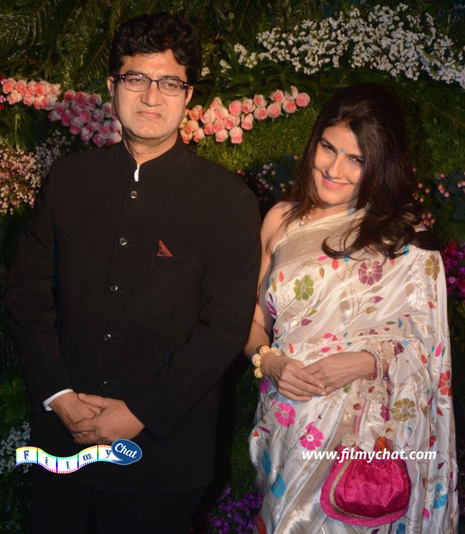 Prasoon Joshi and wife Aparna